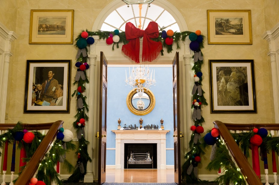 Gracie Mansion Indoor Holiday Photo