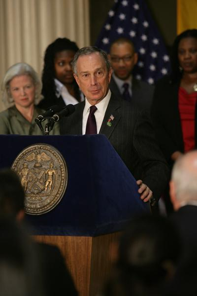 Mayor Bloomberg And Chancellor Goldstein Unveil Tailor Made Programs