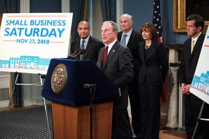 Mayor Bloomberg And American Express Ceo Kenneth Chenault