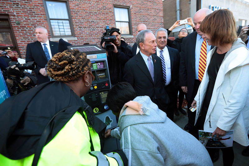 Mayor Bloomberg announces launch of select bus service on Nostrand/Rogers avenues