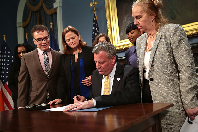 Mayor de Blasio Signs Bill to Protect Interns from Discrimination in the Workplace