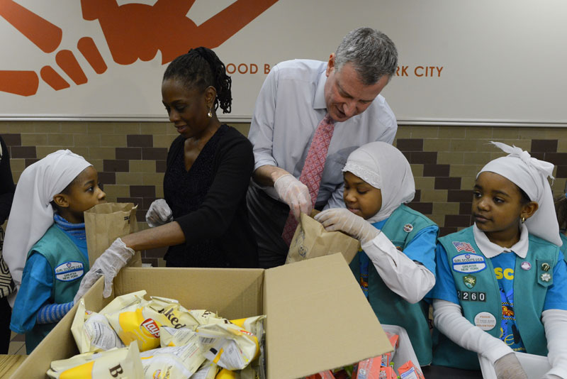 Mayor's visit to The Community Kitchen and Food Pantry in West Harlem