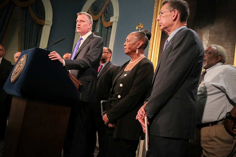 Mayor de Blasio and DC37 Announce Tentative Contract Agreement