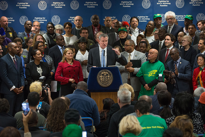 Mayor de Blasio Announces Guaranteed $15 Minimum Wage for All City Government Employees