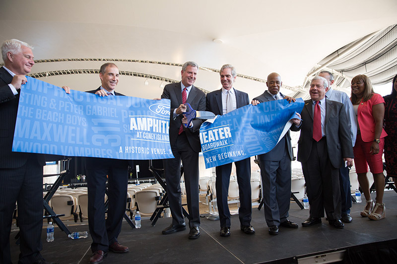Mayor de Blasio Cuts Ribbon on New Ford Amphitheater at Coney Island Boardwalk
