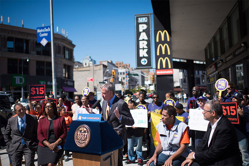 Mayor de Blasio Announces Plan to Ensure NYC's Fast Food Workers Are Protected