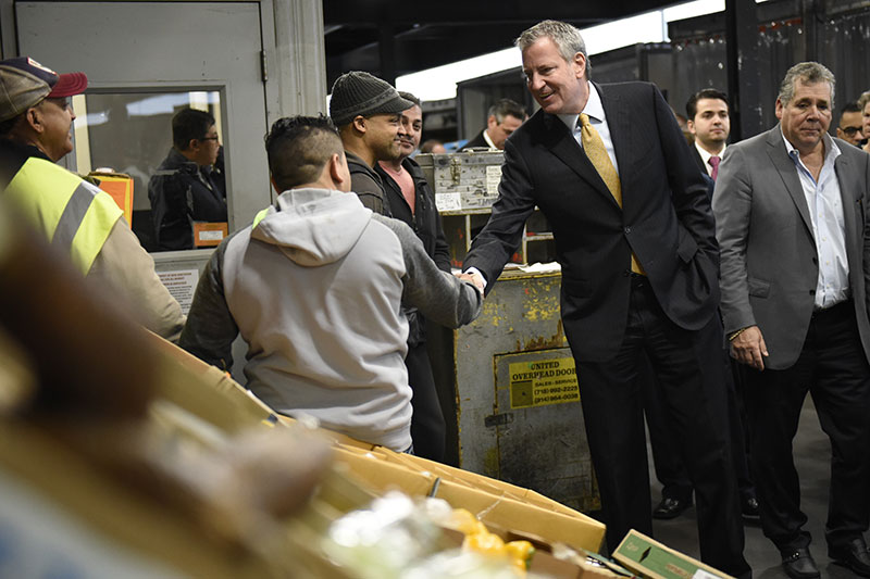 Mayor de Blasio Kicks Off Week in Bronx With Tour of Hunts Point Terminal Produce Market