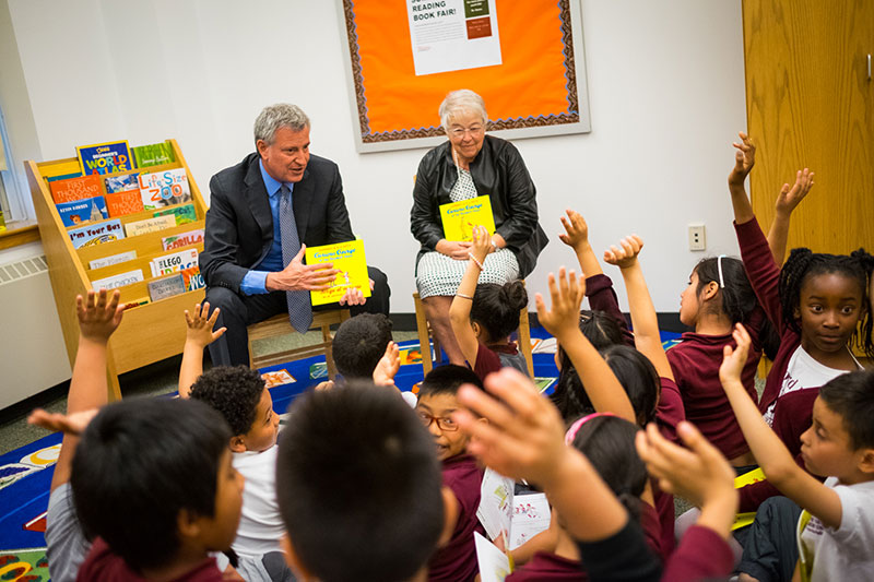 Mayor de Blasio Announces New Summer Reading Books as Part of Universal Literacy Initiative