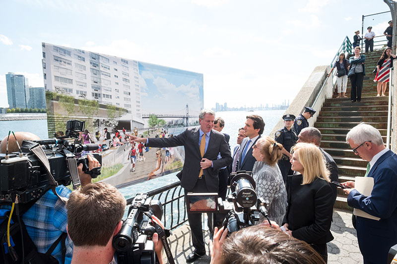 Mayor de Blasio Announces Final Design of Project to Fill East Side Greenway Gap