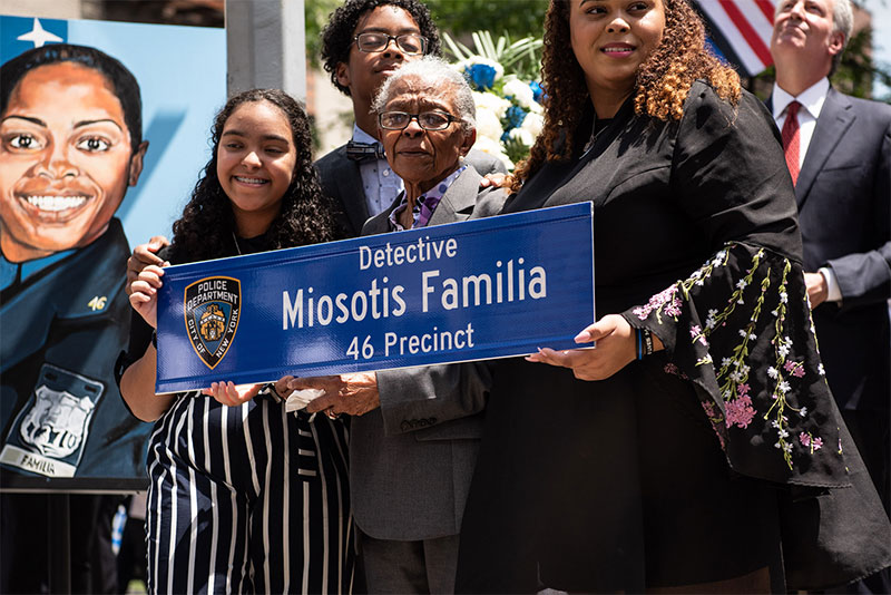 Mayor de Blasio Delivers Remarks at Street Co-Naming Ceremony in Honor of Detective Miosotis Familia