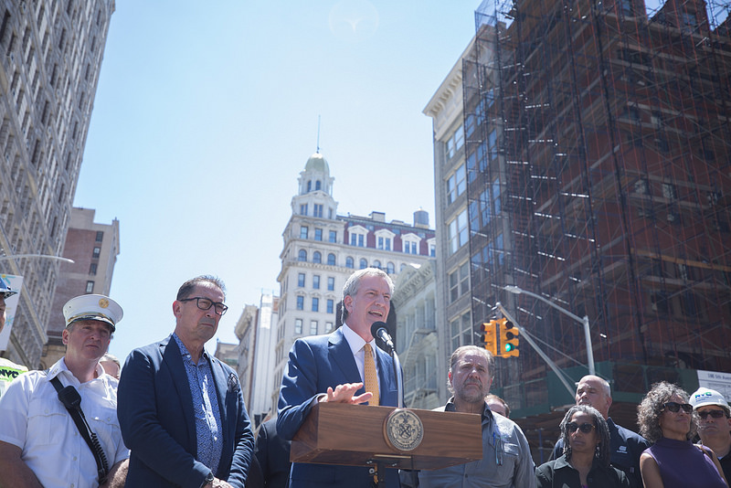 Mayor de Blasio Delivers Update On Manhattan Steam Pipe Explosion
