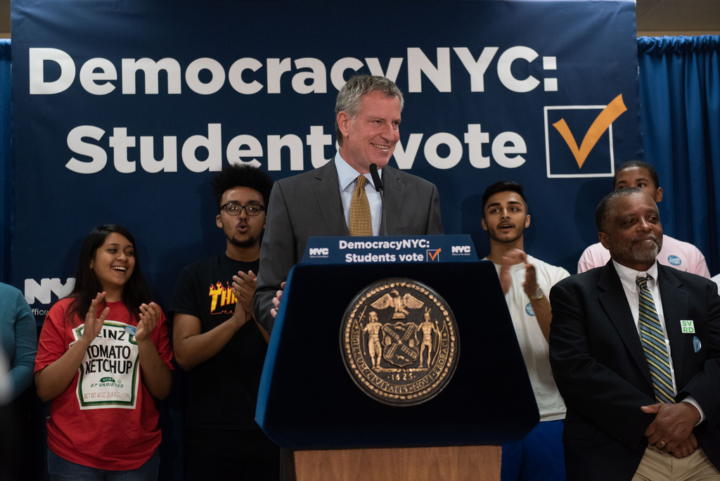 Mayor de Blasio Celebrates First Citywide Student Voter Registration Day