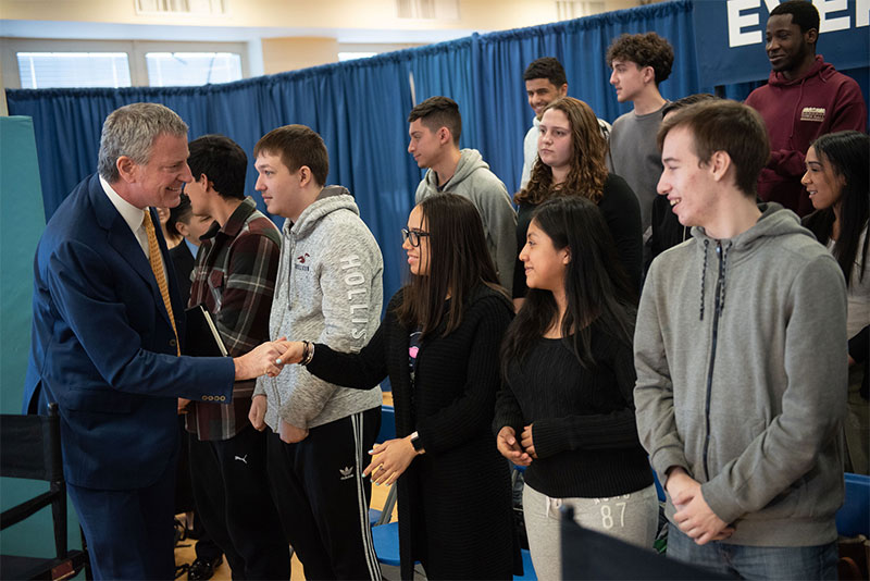 Mayor de Blasio Announces Record-high 55,011 Students Taking Advanced Placement Exams