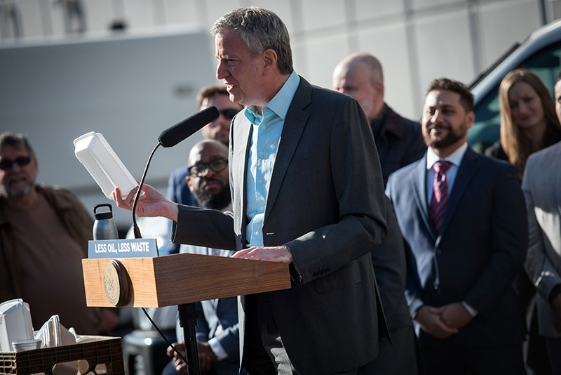 Mayor de Blasio Marks First Day Of New York City's Styrofoam Ban
