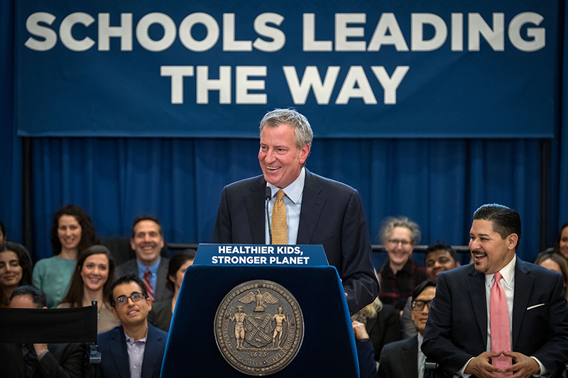 Mayor de Blasio Announces Citywide Meatless Mondays