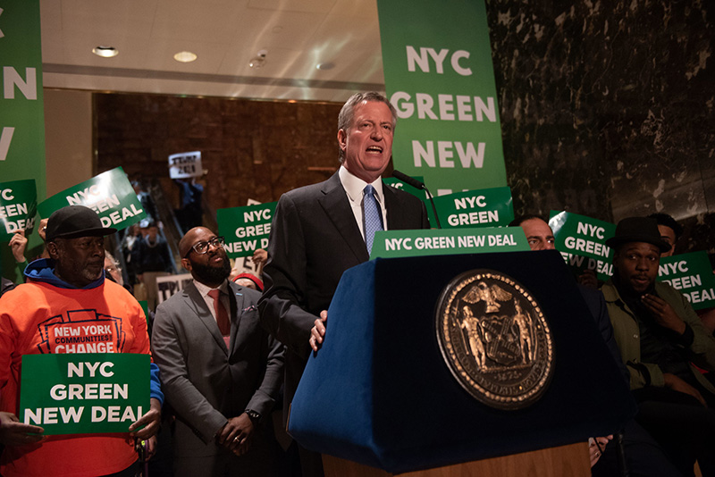 Mayor de Blasio Puts Trump Org on Notice: Cut Greenhouse Emissions or Face Big Penalties