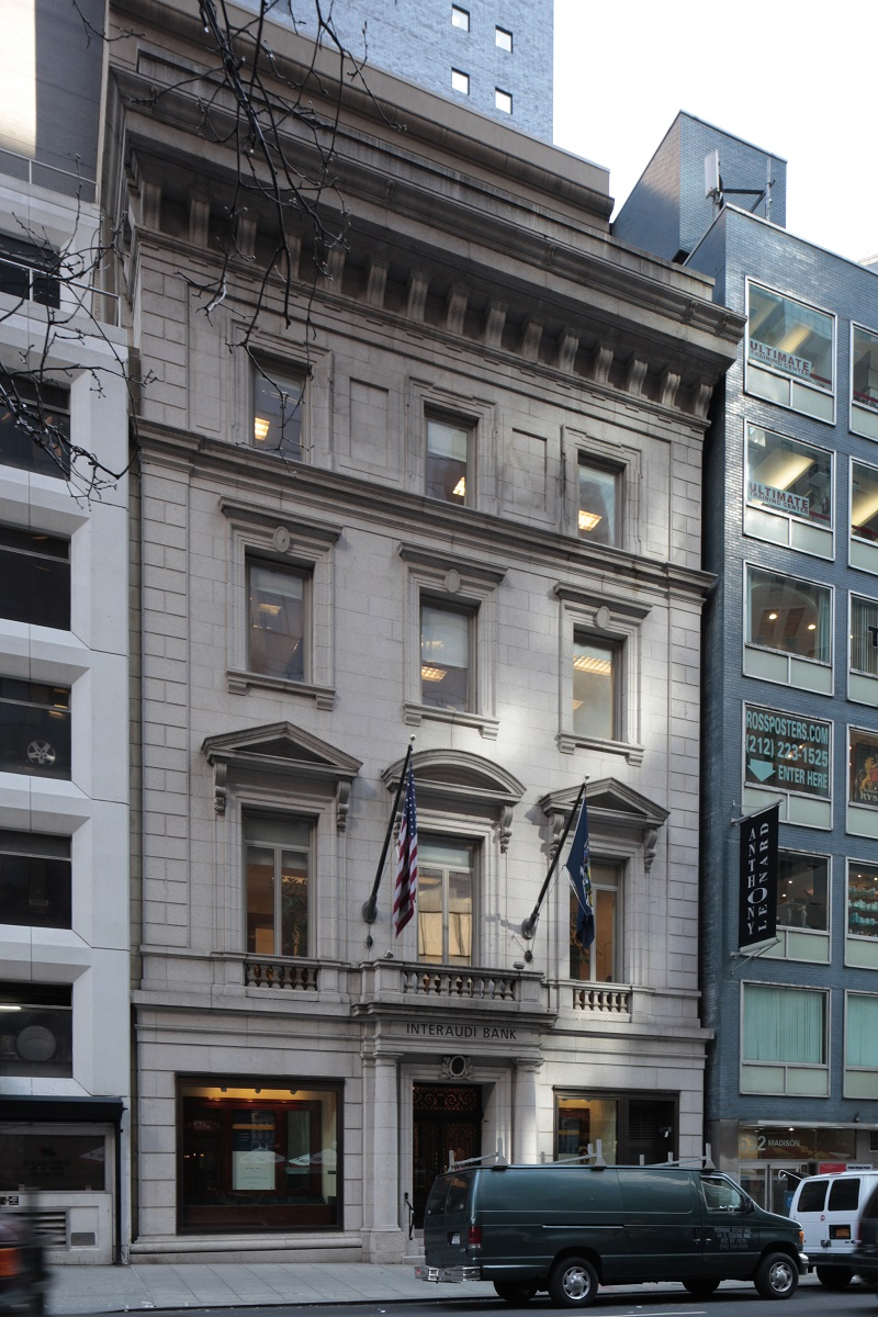 Minnie E. Young House, 19 East 54th Street