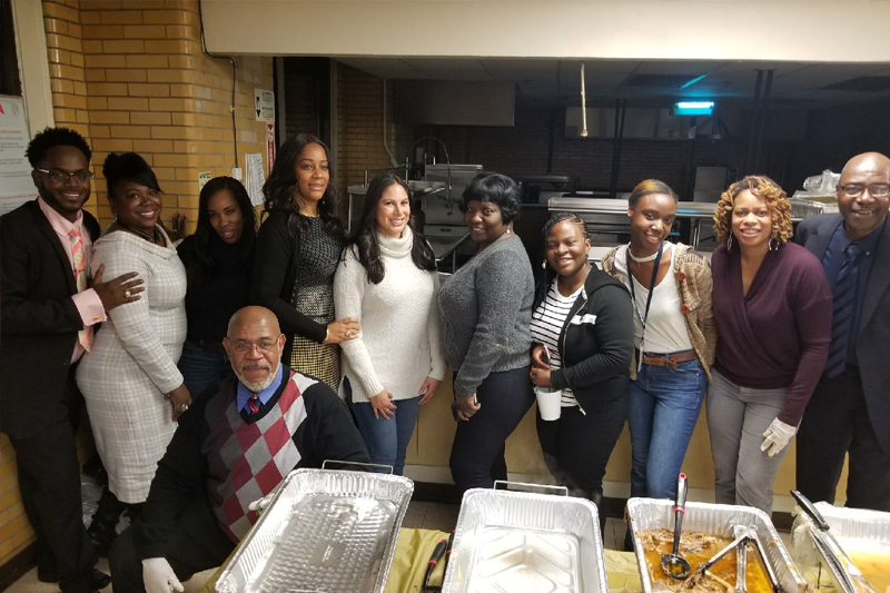 Harlem NeON and ECHOES Serve Thanksgiving Meals