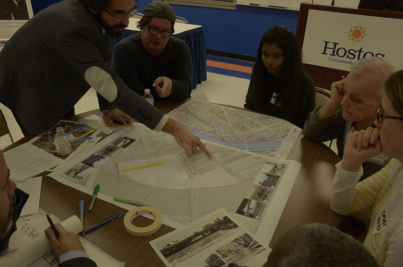 Small groups worked together with urban designers to shape their preferred vision for access to the Harlem River waterfront between Lincoln and Park avenues.