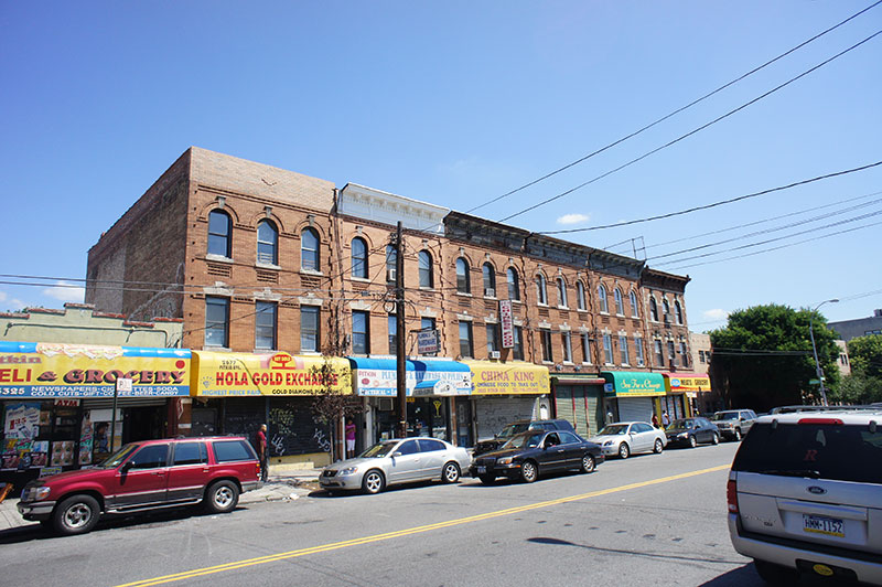 Strengthen commercial corridors in East New York