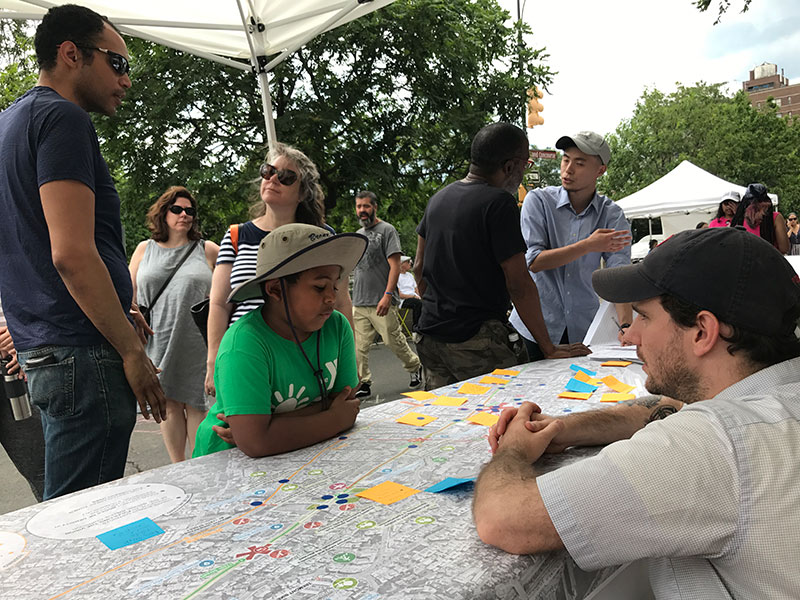 Residents and planners discuss Jerome at Boogie on the Boulevard, June 2017