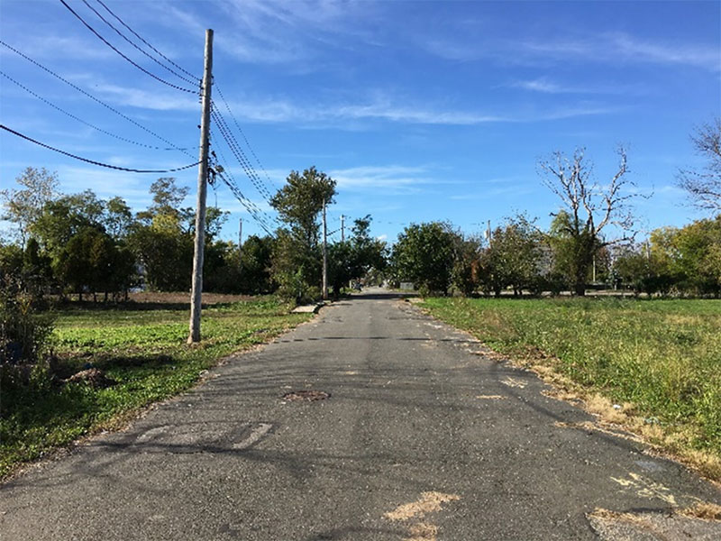 Vacant land in Oakwood Beach