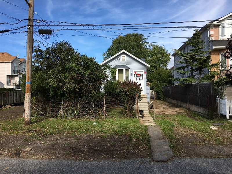 NYS-acquired detached single-family home in Ocean Breeze