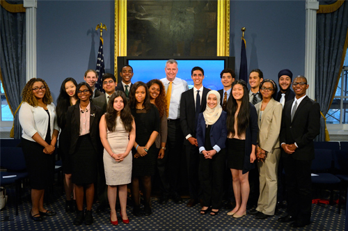 Mayor's Youth Leadership Council Present at City Hall to Mayor de Blasio